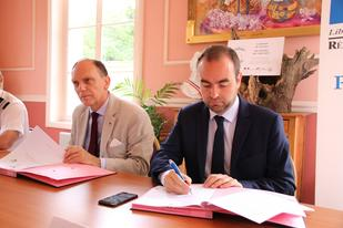Signature de la convention de site touristique « SECURI-SITE » de Giverny